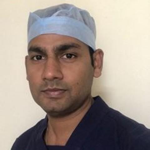 Dr Munish  Aggarwal