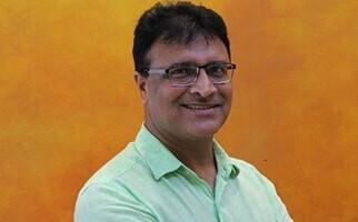 Dr Shiv  Chopra
