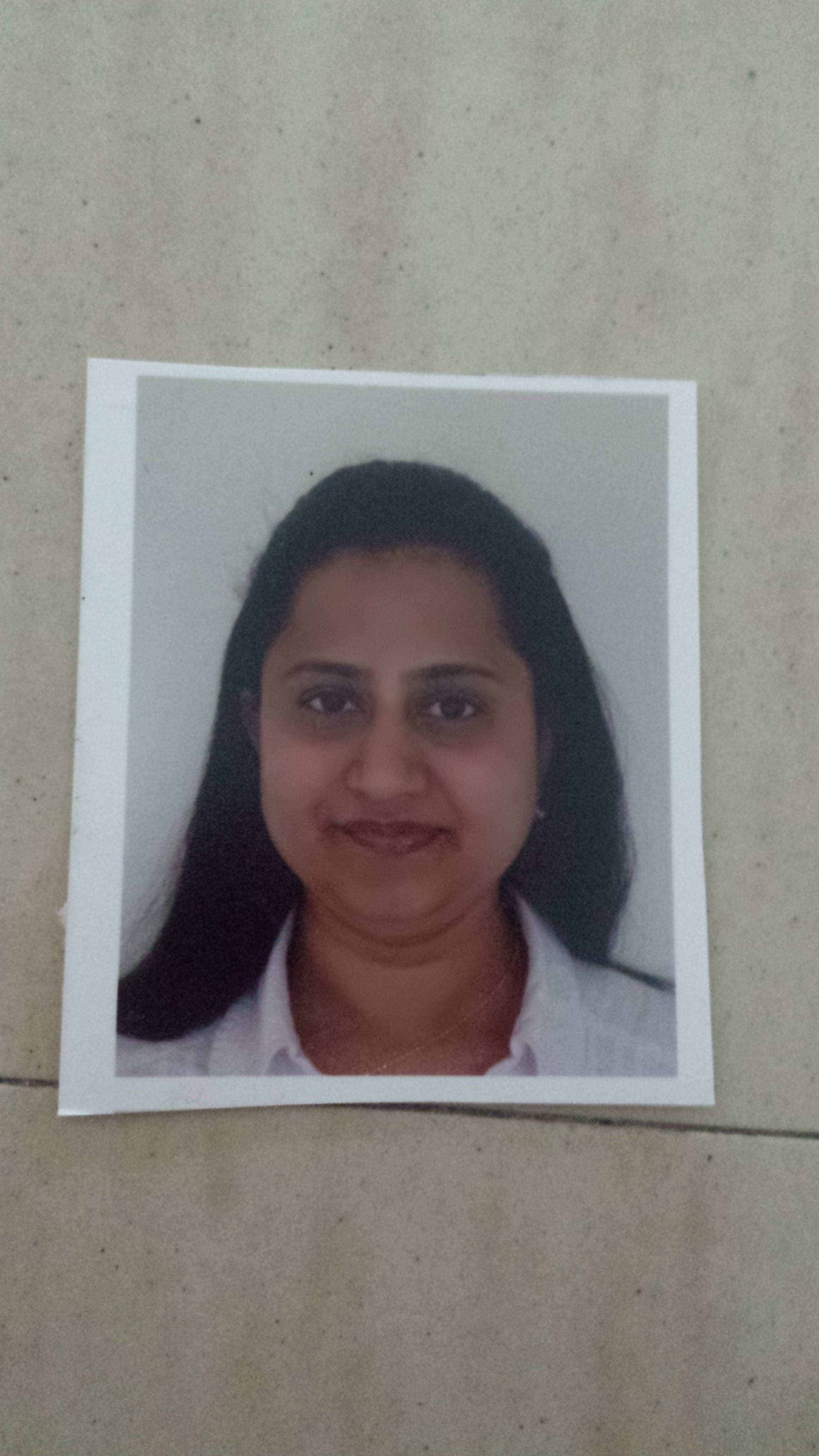 Dr Uma  Kharjigi