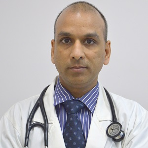 DR SUMIT  AGGARWAL