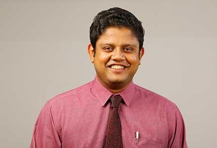 Dr Sreelesh  Kp