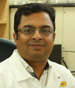 Dr Anil  Arora