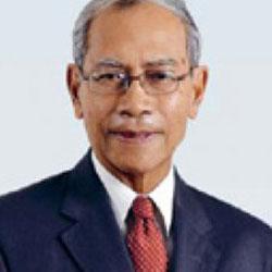 Datuk Dr Hussein Awang