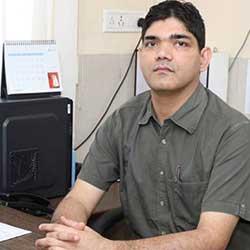 Dr B S  Thakur