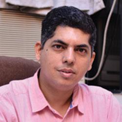 Dr Dilip  Rajpal