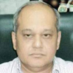 Dr Dyanesh  Narurkar