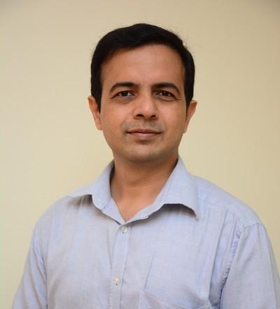 Dr Kalpesh  Thakur