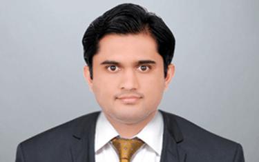 Dr Mahesh  D M