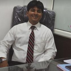 Dr Mangesh  Darekar