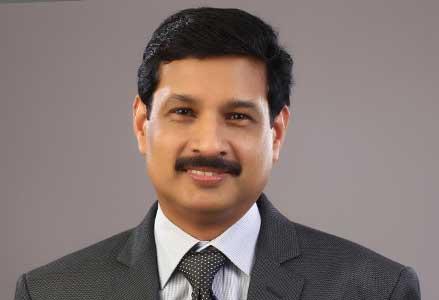 Dr Ravi  A