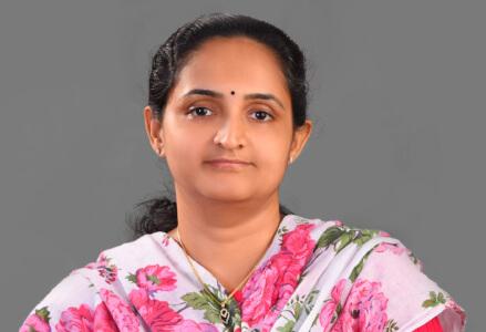 Dr Sunitha  Mathew