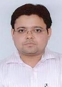 Dr Vineet  Agarwal