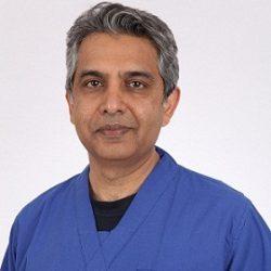 Dr Aashish  Shah