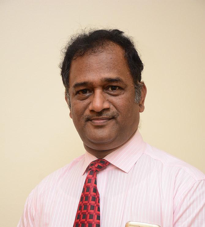Dr Vinay  Malavade