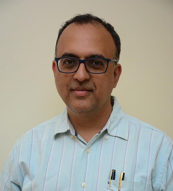 Dr Viral  Patrawala