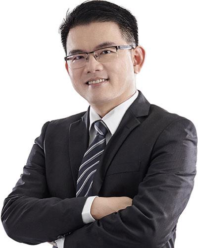 Dr Low Tze  Hau